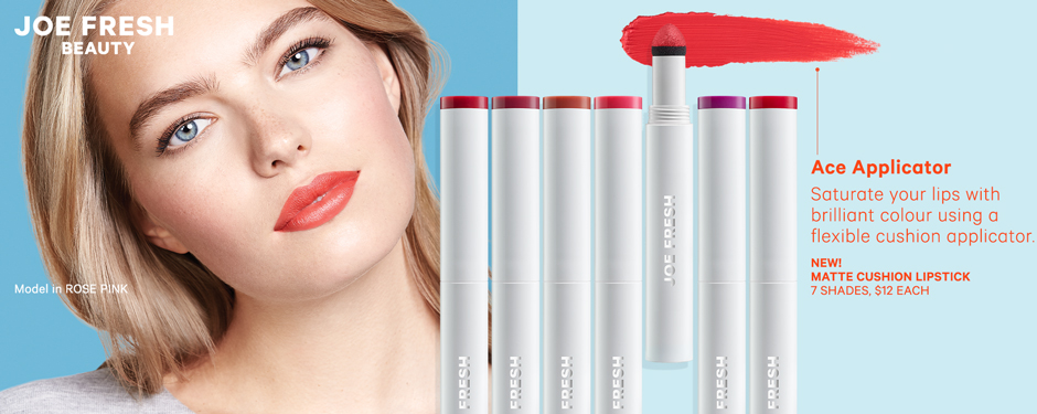 Ace Applicator. Saturate your lips with brilliant colour using a flexible cushion applicator