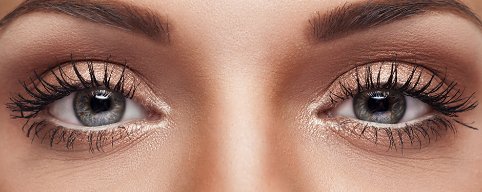 FLUTTERY FRINGE: 5 STEPS TO GET YOUR BEST LASHES YET