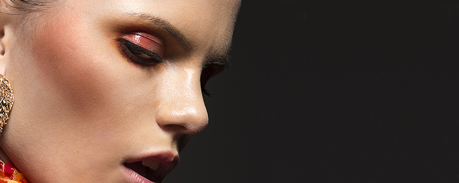 WHAT THE BLUSH? 5 SIGNS YOU'RE USING YOUR BLUSH INCORRECTLY