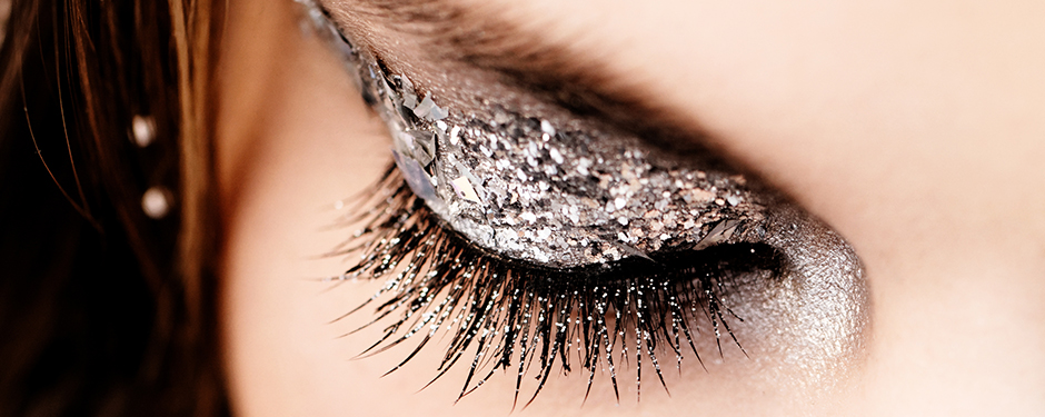THE LOOK OF WOW: GLITTER GLAM FROM DAY-TO-NIGHT