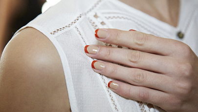 #CHICATSHOPPERS: THE NEW FRENCH MANICURE
