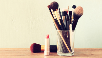 ARE YOU USING THE RIGHT TYPE OF BRUSHES FOR YOUR LOOK?